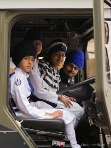 kids in truck